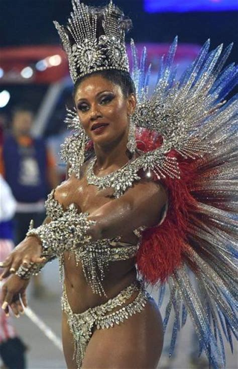 These Sexy Samba Dancers Are a Feast For The Eyes (50 pics