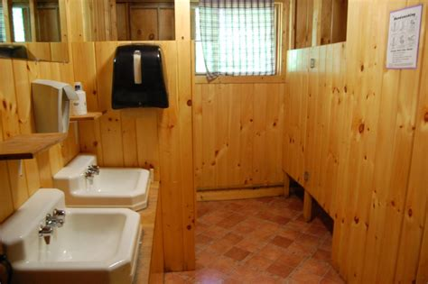 Bunkhouse, Cabins & Tents - University of Maine 4-H Camp