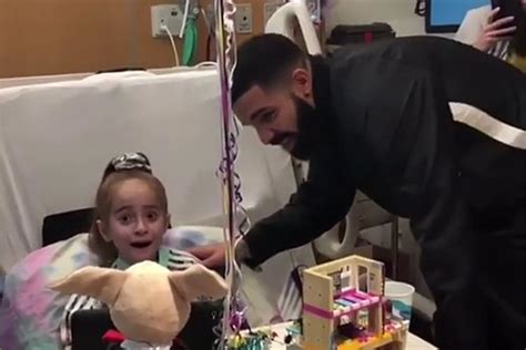 Drake Visits 11-Year-Old Heart Patient at the Hospital - XXL