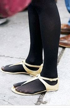 Spring Style Poll: When is it OK to Go Tights-less? | Glamour