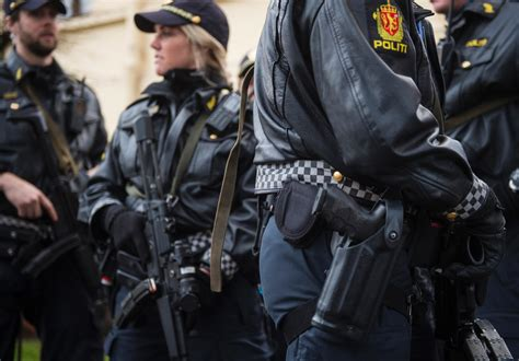 Norway to disarm its police force after officers ordered