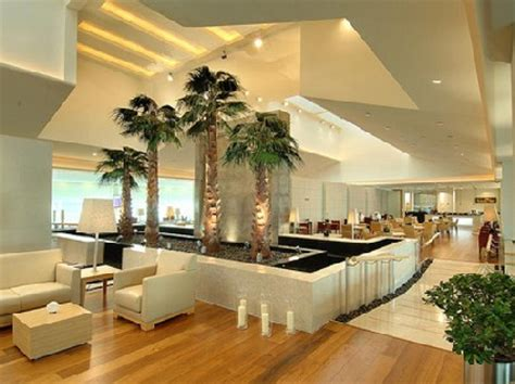 World's 10 best airport lounges - Rediff