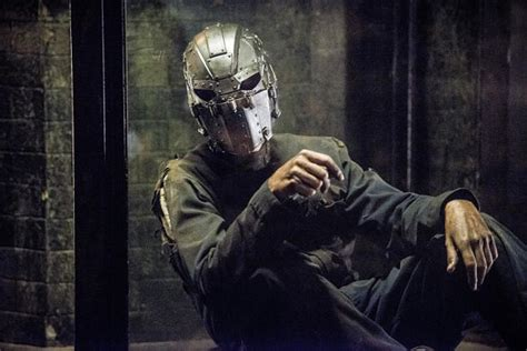 The Flash season 2: who is the prisoner in the iron mask