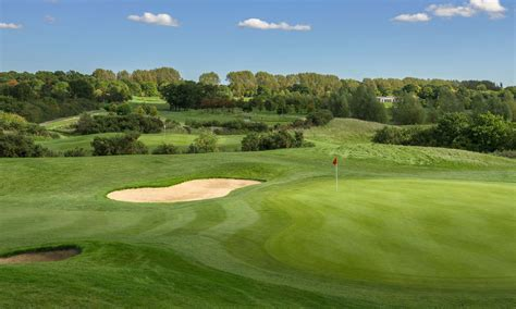 18 Hole Ballesteros Masters Course - The Shire London