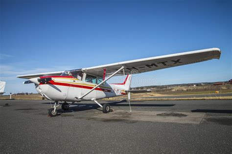 Cessna 172 Skyhawk editorial photo