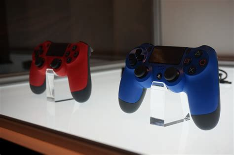 Gamescom: Sony Shows Off New DualShock 4 Colors - IGN