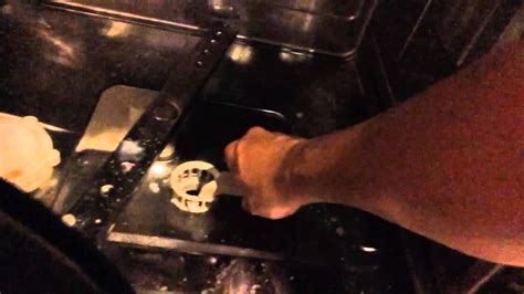 Cleaning the Miele dishwasher particle filter - YouTube