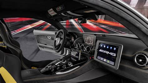 Mercedes-AMG GT R Becomes Most Powerful F1 Safety Car