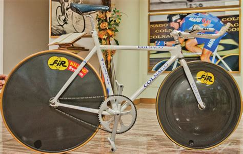 Jens Voigt's hour record bike and my confusion with the