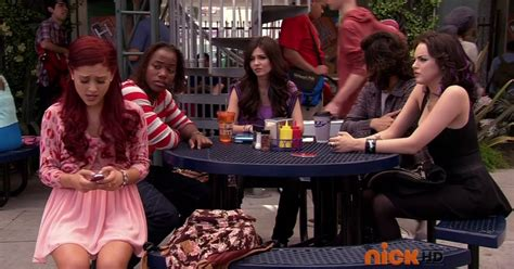 Snap Shots: Victorious: The Slap Fight - Ariana Grande