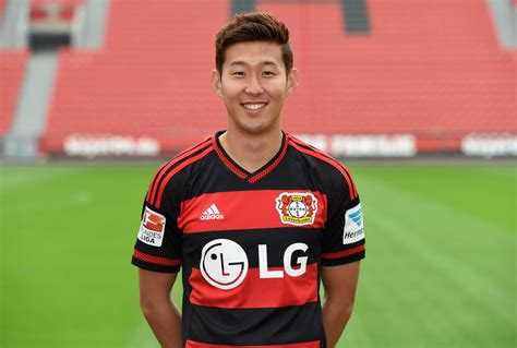 Tottenham complete signing of Heung-Min Son from Bayer