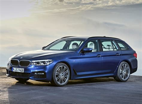 BMW 5 SERIES TOURING | OopsCars