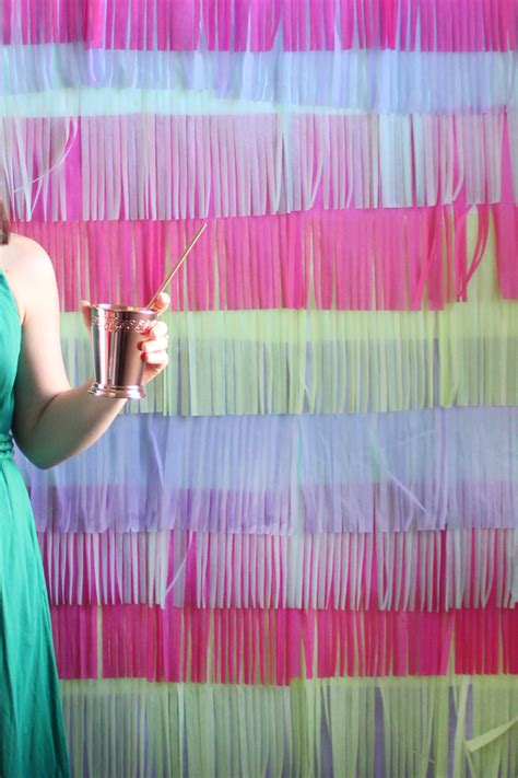 How To Make A Fringe Photo-Booth Backdrop | The Flair
