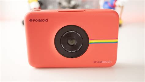 Polaroid Snap Touch Instant Camera Review // TechNuovo